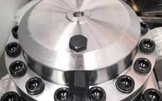 蓄能器对于破碎锤的作用